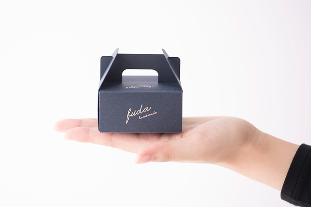 ビスケットボックス/アクセサリー小箱